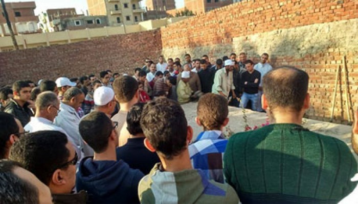 الآلاف يشيعون جنازة د.عبد الحكيم مصطفى أحد رموز إخوان الشرقية
