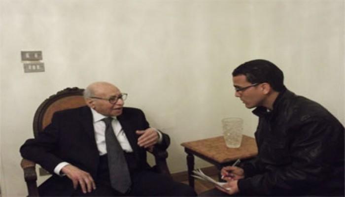 """د. فريد عبد الخالق: """"الوطن"""" تلاعبت في نشر رؤيتي للوضع الراهن"""