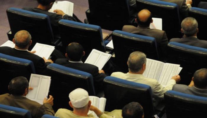 """100 عضو توافقت عليها الأحزاب لـ""""تأسيسية الدستور"""""""