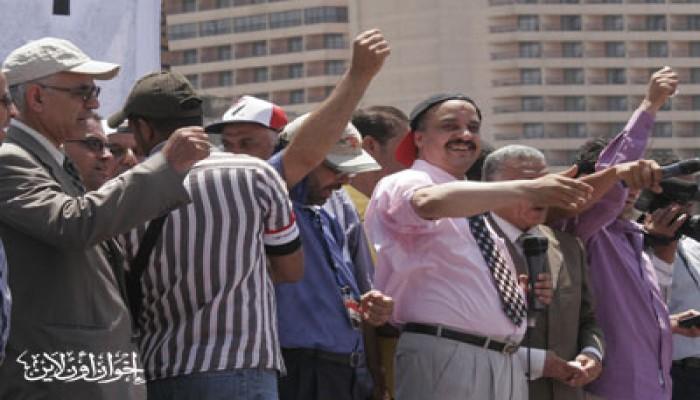 د. بشر: يدًا بيد مع الشعب حتى تتحقق مطالب الثورة