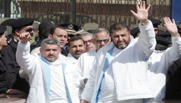 """اليوم..  نظر طعن الشاطر وإخوانه أمام """"النقض العسكرية"""""""