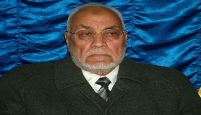 المرشد العام يشهد جنازة شقيق د. عصام العريان