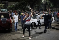 """وبدأت جمعة الخلاص.. """"التحرير"""" بانتظار الثوار لإسقاط الانقلاب"""