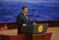 """شاهد.. كيف تعامل الرئيس مرسي مع كارثة """"سد النهضة"""""""
