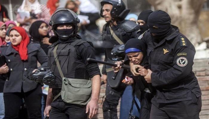 """""""نساء ضد الانقلاب"""" ترصد أبرز انتهاكات الانقلاب ضد المرأة خلال 2019"""
