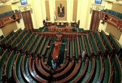 الأجهزة الأمنية تستبعد علي عبدالعال من رئاسة برلمان العسكر