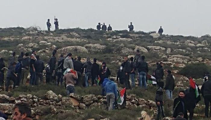 إصابة شاب واعتقال آخر بمواجهات مع الاحتلال في بلدة بيتا