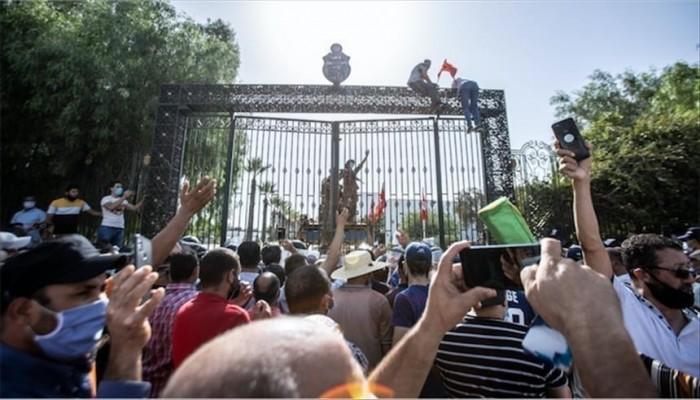 الجماعة الإسلامية في لبنان: ما جرى بتونس يستهدف إرادة الشعب