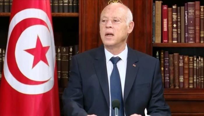 مستشار الغنوشي: قيس سعيد استغل الأزمة التونسية للتفرد بالسلطة
