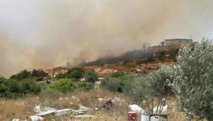 زجاجات حارقة تشعل النار في مستوطنة كرمي تسور