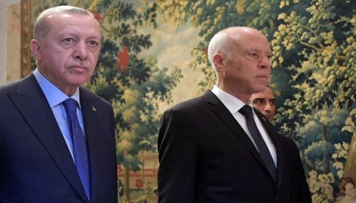 أردوغان يتصل بقيس سعيّد ويؤكد ضرورة استمرار عمل البرلمان