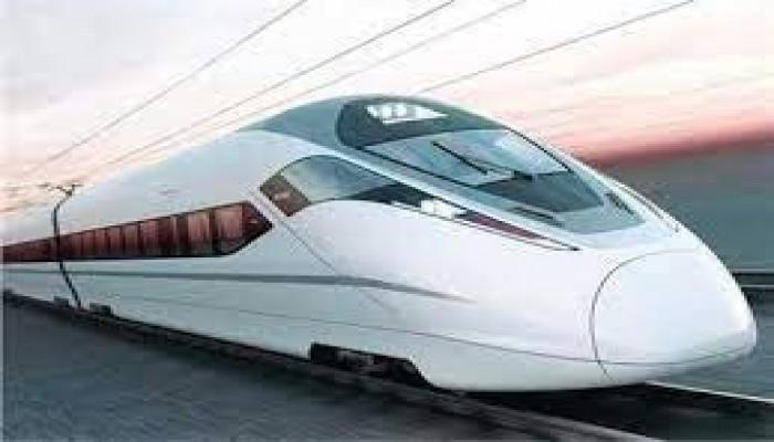 نظام الانقلاب يقرر إزالة منازل ومرافق في 6 محافظات بسبب القطار السريع