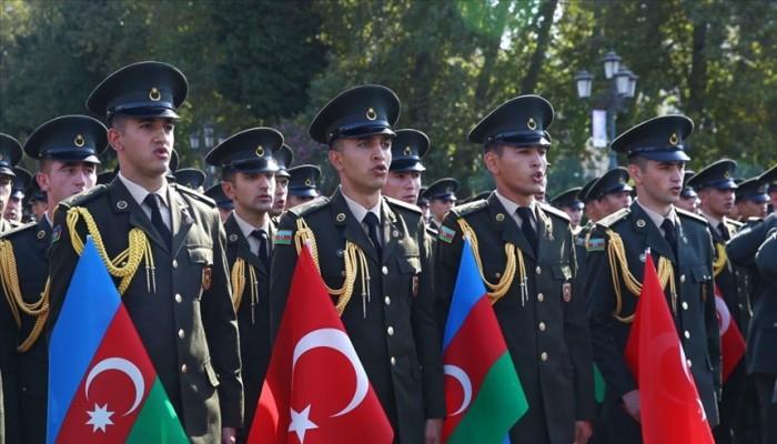 أذربيجان تحيي ذكرى تحرير باكو على يد جيش القوقاز الإسلامي