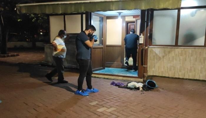 امرأة تشعل النار في مسجد تاريخي بإسطنبول