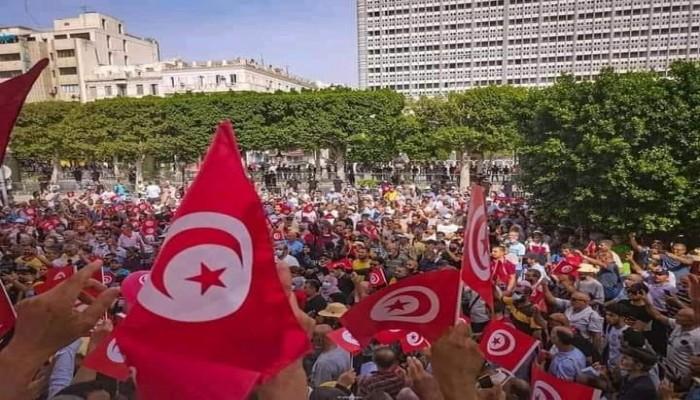 تونس.. الآلاف يتظاهرون مجددا رفضا لانقلاب سعيد