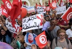 قادة الحراك التونسي: حكومة الرئيس المقبلة باطلة شرعا
