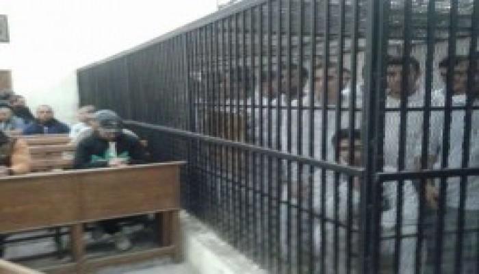 تدوير معتقلين والتجديد لـ6 آخرين بالشرقية