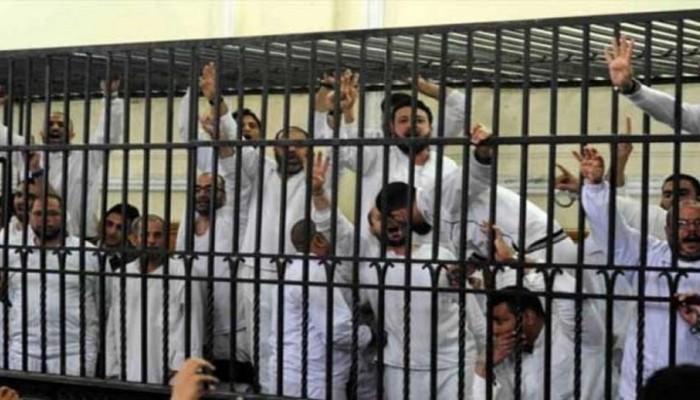 إحالة 42 معتقلا من مركز ديرب نجم بالشرقية إلى المحاكمة