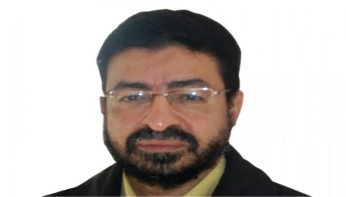 الصحفي عامر عبد المنعم يعاني من انتهاكات خطيرة بسجون الانقلاب