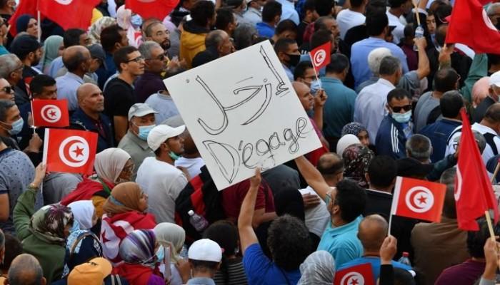 واشنطن بوست: عودة الاستبداد لن تحل مشاكل تونس