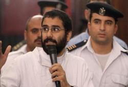 تفاقم الحالة المأساوية للناشط علاء عبد الفتاح داخل سجون الانقلاب