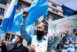 إيكونوميست: الصين تواصل محو ثقافة المسلمين الأويجور